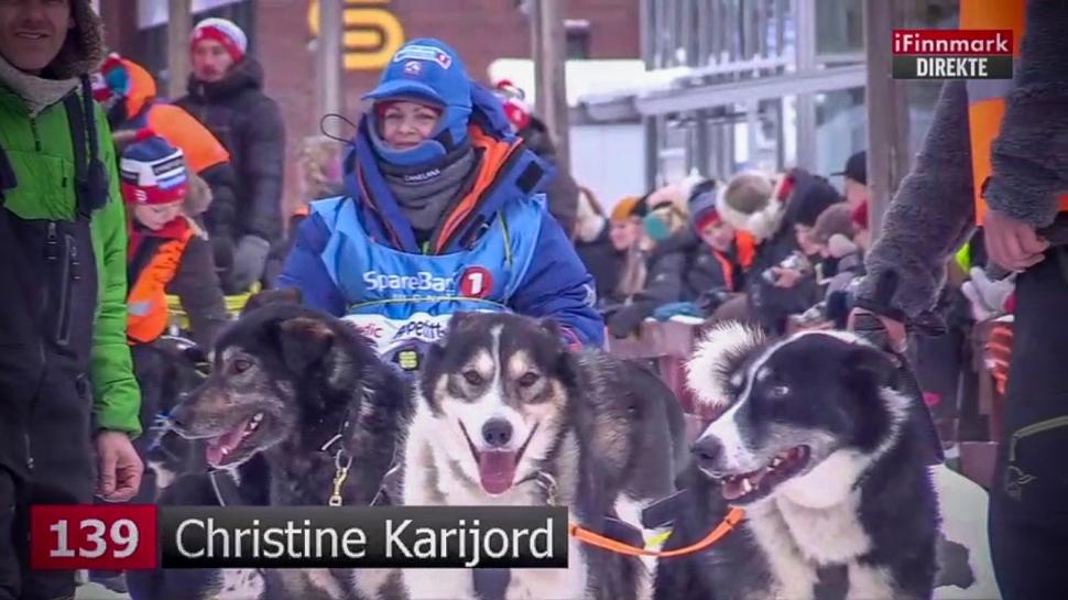 Christine på startstreken i Finnmarksløpet (1 of 1)